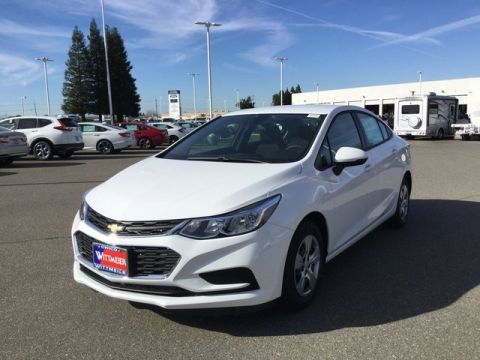 New 2018 Chevrolet Cruze LS FWD 4dr Car