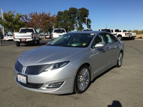 Pre-Owned 2013 Lincoln MKZ  FWD 4dr Car