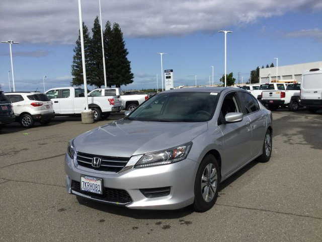 Pre-Owned 2015 Honda Accord Sedan LX FWD 4dr Car