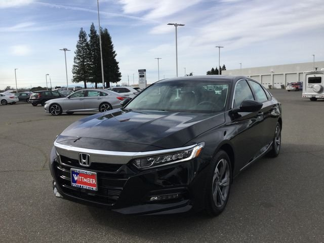 New 2018 Honda Accord Sedan EX